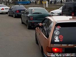 У Вінниці пяний водій катався містом на позашляховику, який вкрав у свого брата